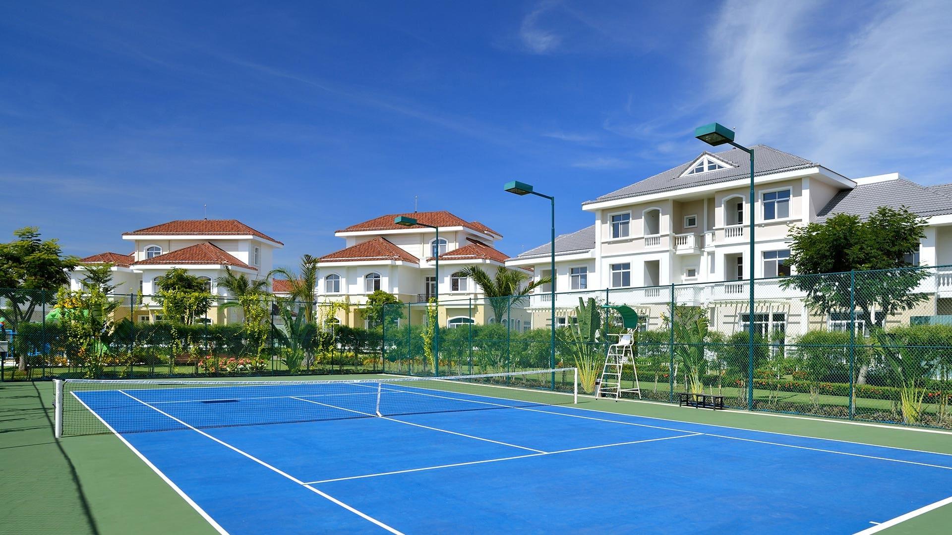 Tiện ích sân tennis