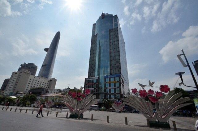 Khu trung tâm với nhiều tòa nhà chọc trời thường có hệ số sử dụng đất rất cao