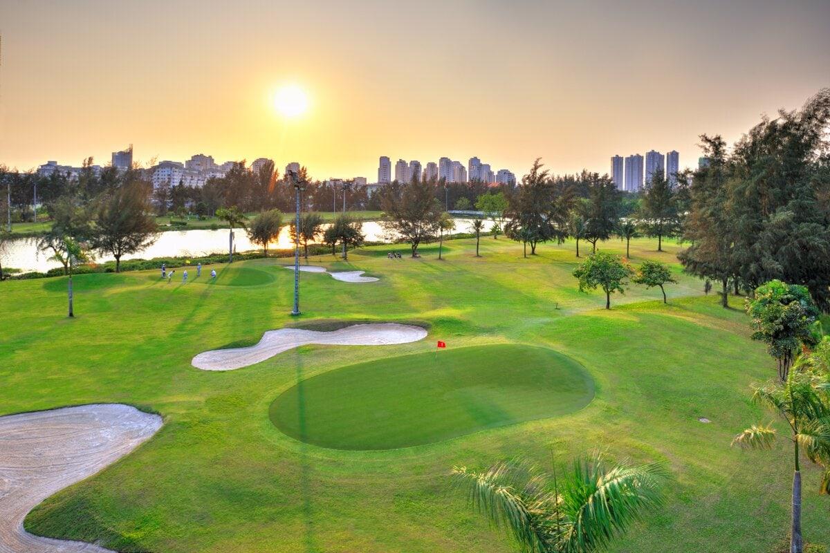 Sân golf Nam Sài Gòn