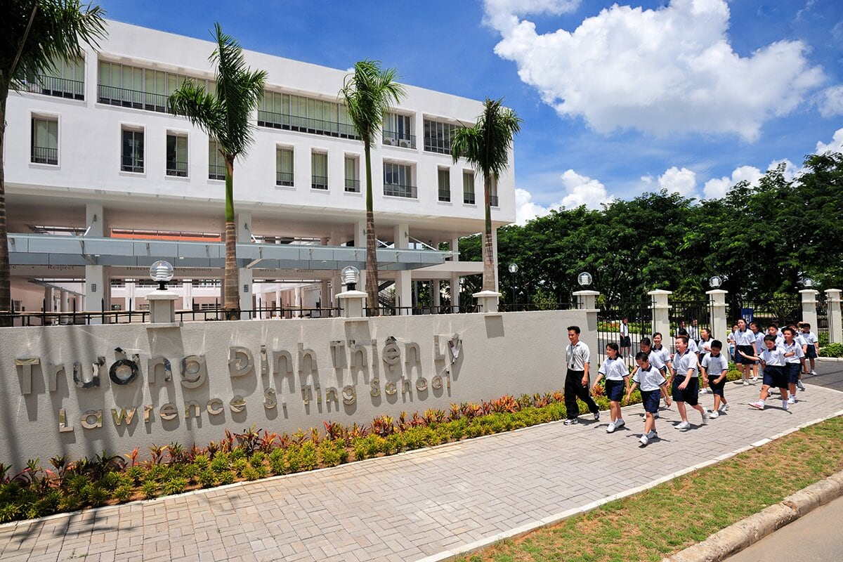 Trường Đinh Thiện Lý