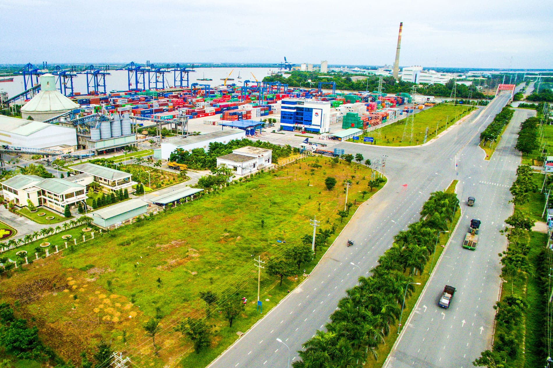 Khu công nghiệp - cảng biển Hiệp Phước