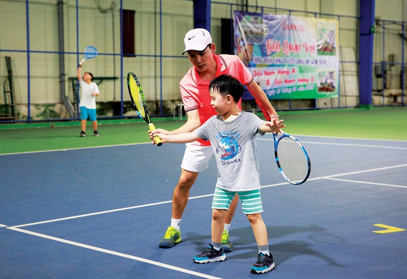 Tennis Maia